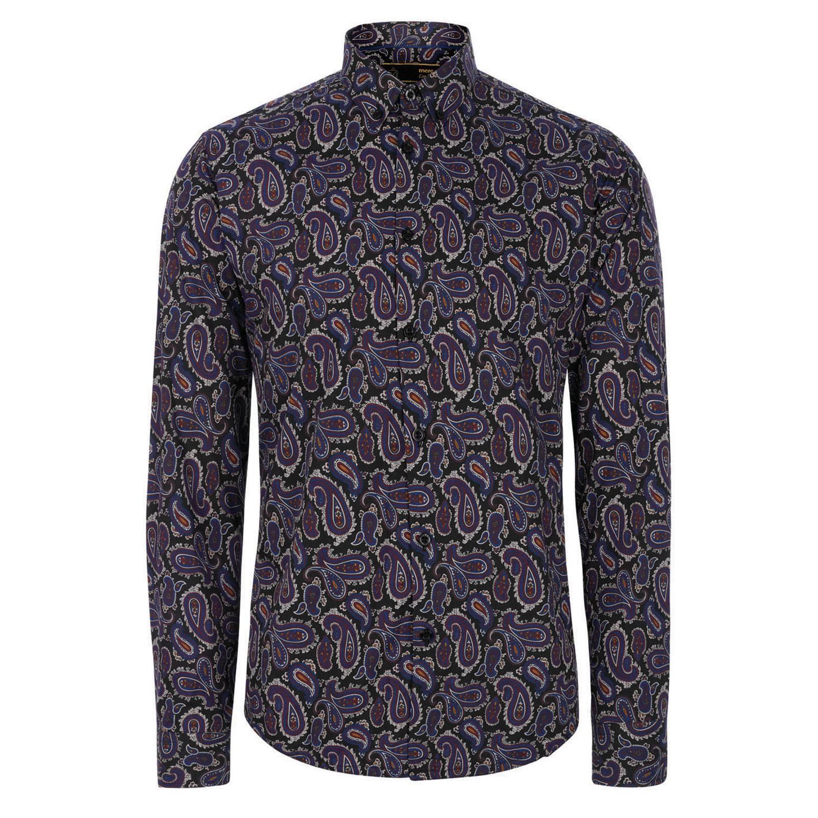 Рубашка ElkinsРубашки<br>Знаковая для Merc приталенная рубашка с орнаментом &amp;amp;quot;пейсли&amp;amp;quot;, неизменно присутствующая в каждой его коллекции, в сезоне AW / 13 вошла в состав премиальной линии &amp;amp;quot;W1&amp;amp;quot;, выполнена в богатых вишневых и фиолетовых тонах и смотрится по-особенному статусно и торжественно. Аккуратный воротник &amp;amp;quot;button-down&amp;amp;quot; на маленьких пуговицах делает эту рубашку еще более удачной для сочетания с V-образным трикотажем. Безусловный must-have осенне-зимней коллекции.<br><br>Артикул: 1513210<br>Материал: 100% хлопок<br>Цвет: синий<br>Пол: Мужской