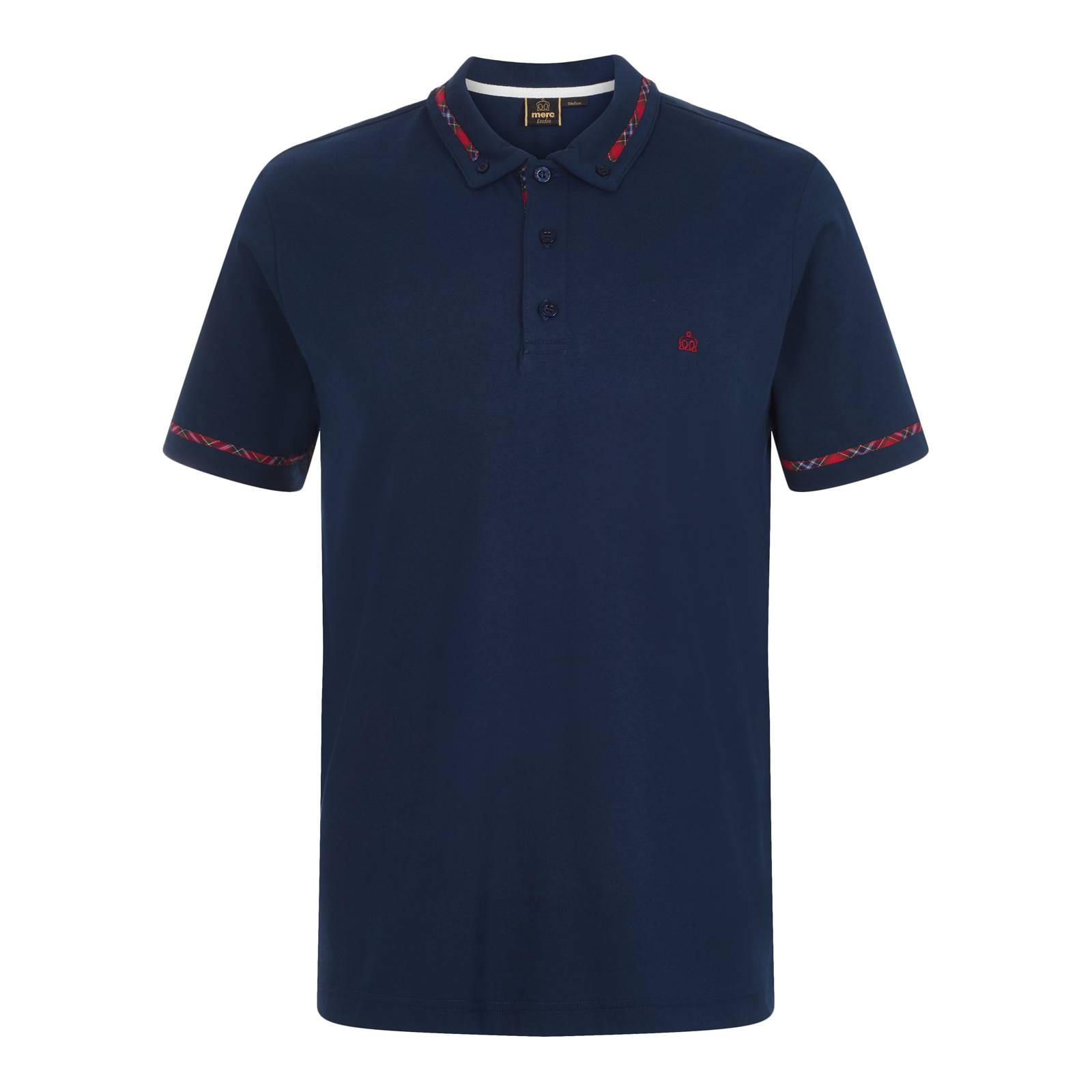 Рубашка Поло RidgeСлайдер на главной<br>Регулярного покроя классическое мужское поло из легкой хлопковой ткани Джерси высокого качества – комфортного и долговечного материала на любой сезон. Простой, но по-особому выразительный дизайн в виде узнаваемой тартановой отделки воротника, манжет и внутренней стороны планки для пуговиц выглядит классическим и модерновым одновременно. Фирменный для марки button-down воротник, позаимствованный у сорочек, подчеркивает индивидуальность этой модели и её благородные английские корни. Идентичность изделия подтверждает традиционный логотип бренда на груди. Эта истинно британская модель универсальна в сочетаемости: её можно носить с базовым V-образным кардиганом, макинтошем, строгими брюками, но в то же время с джинсами и кроссовками.<br><br>Артикул: 1917107<br>Материал: 100% хлопок<br>Цвет: синий<br>Пол: Мужской