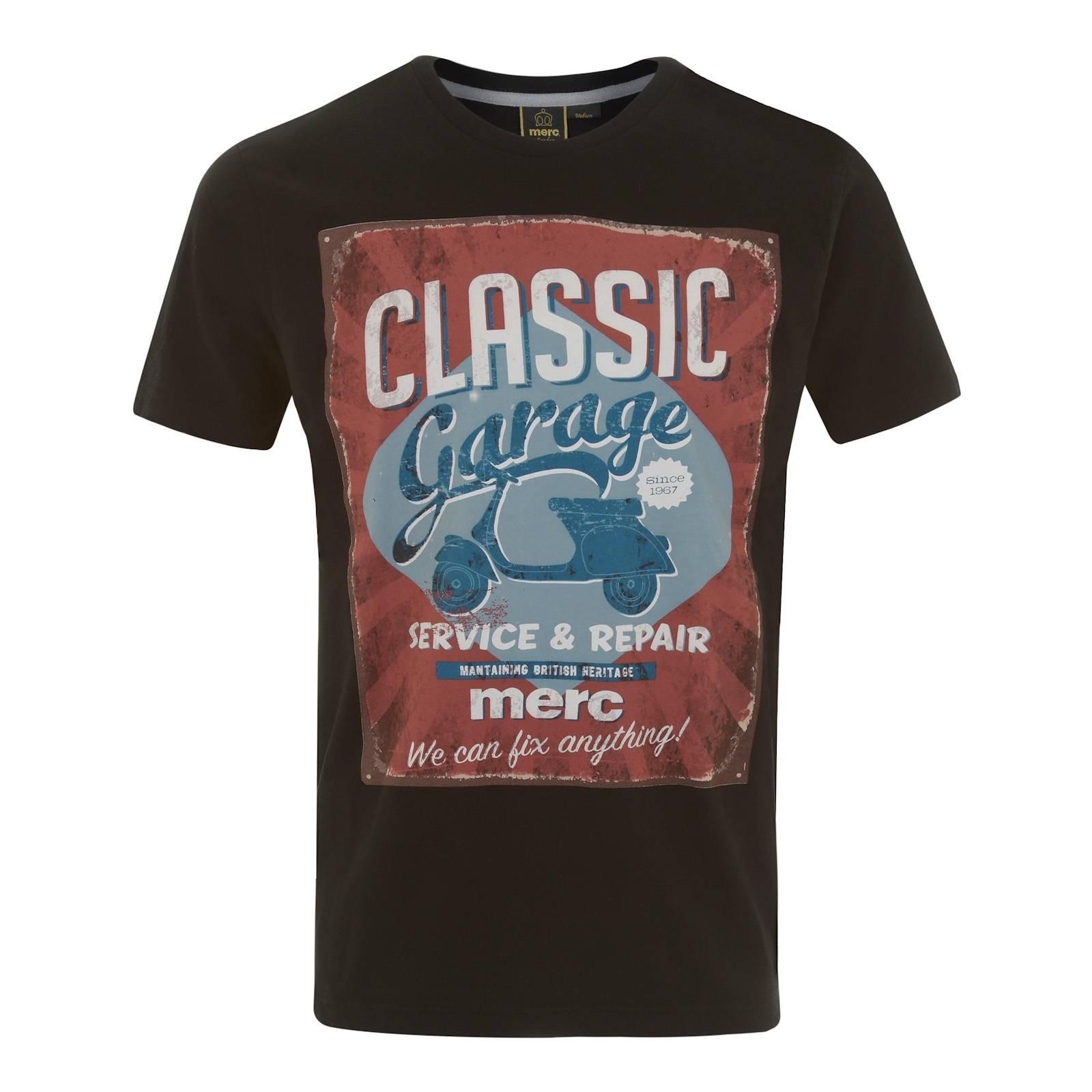 Футболка WaltonФутболки<br>Мужская хлопковая футболка с изображением винтажной рекламы мастерской по ремонту скутеров времен Свингующего Лондона 60-х. Красивое сочетание ретро шрифтов и гармоничное цветовое решение делают эту футболку эффектной частью летнего streetwear лука.<br><br>Артикул: 1715105<br>Материал: 100% хлопок<br>Цвет: черный<br>Пол: Мужской