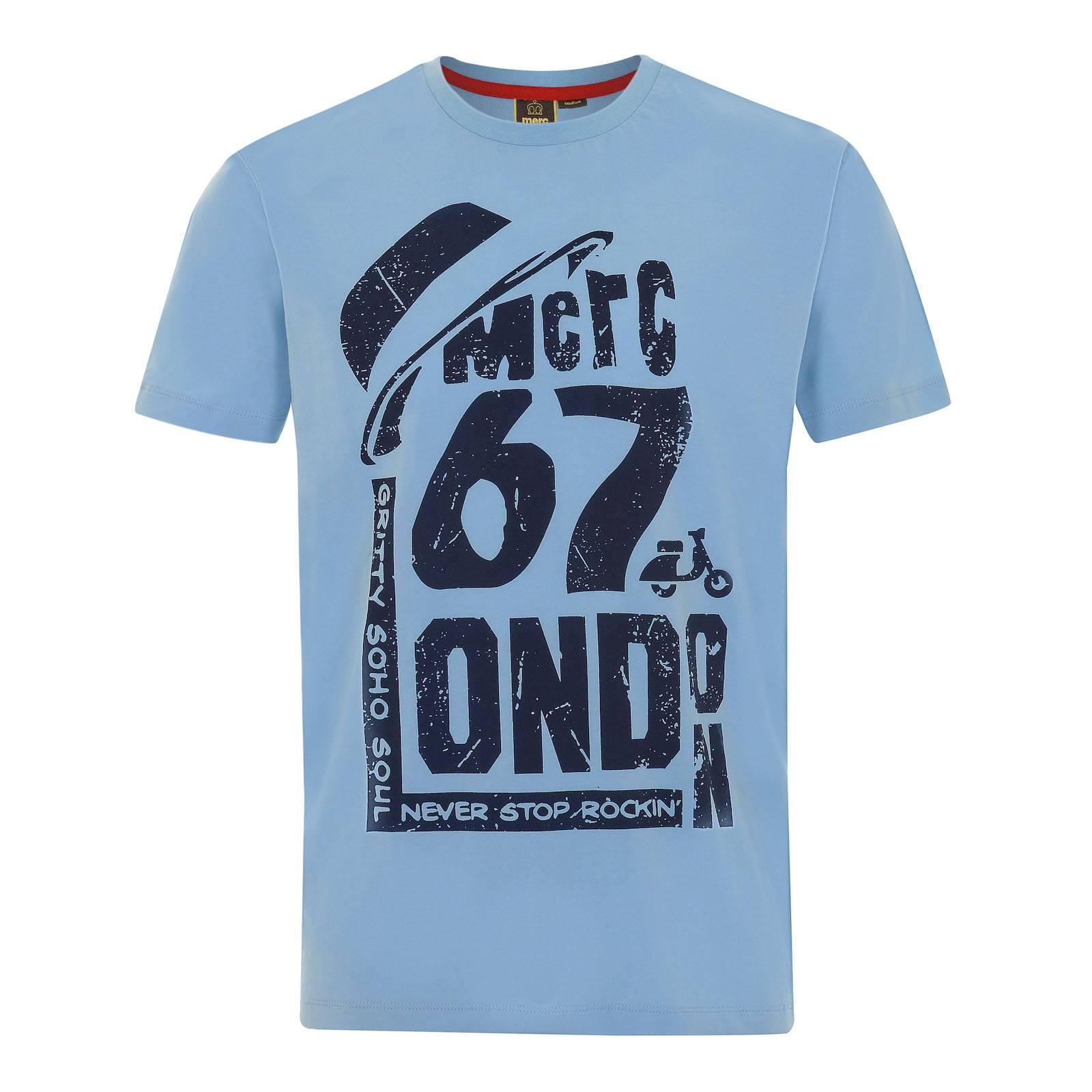 Футболка WildwoodФутболки<br>Эффектная футболка со стилизованным логотипом Merc London в виде оригинального винтажного принта. Красивый ретро шрифт и традиционная для британской руд-бой субкультуры шляпа pork-pie возвращают в 1967 год основания бренда.<br><br>Артикул: 1715108<br>Материал: 100% хлопок<br>Цвет: голубой<br>Пол: Мужской