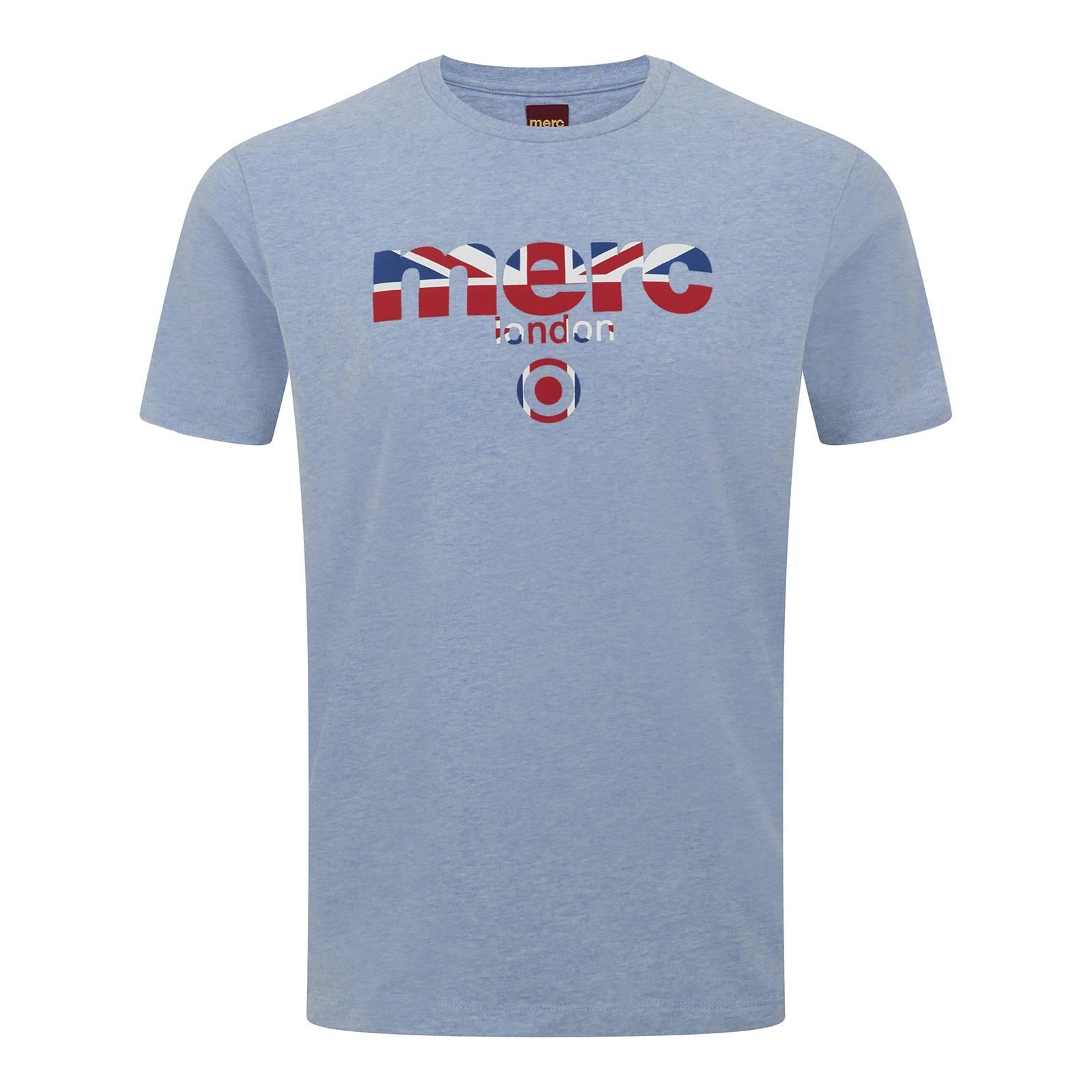 Футболка BroadwellCORE<br>Яркая футболка всесезонной базовой линии Core с классическим логотипом Merc, украшенным с помощью Юнион Джека. Высокое качество нанесения принта исключает его облезание в результате стирок. Трехцветный Британский флаг позволяет легко комбинировать эту футболку со множеством вариантов джинсов, шорт, обуви и брюк в различных цветовых решениях. Отлично сочетается с олимпийками, кардиганами и верхней одеждой. Произведена в Европейском Союзе.<br><br>Артикул: 1709210<br>Материал: 100% хлопок<br>Цвет: небесный<br>Пол: Мужской