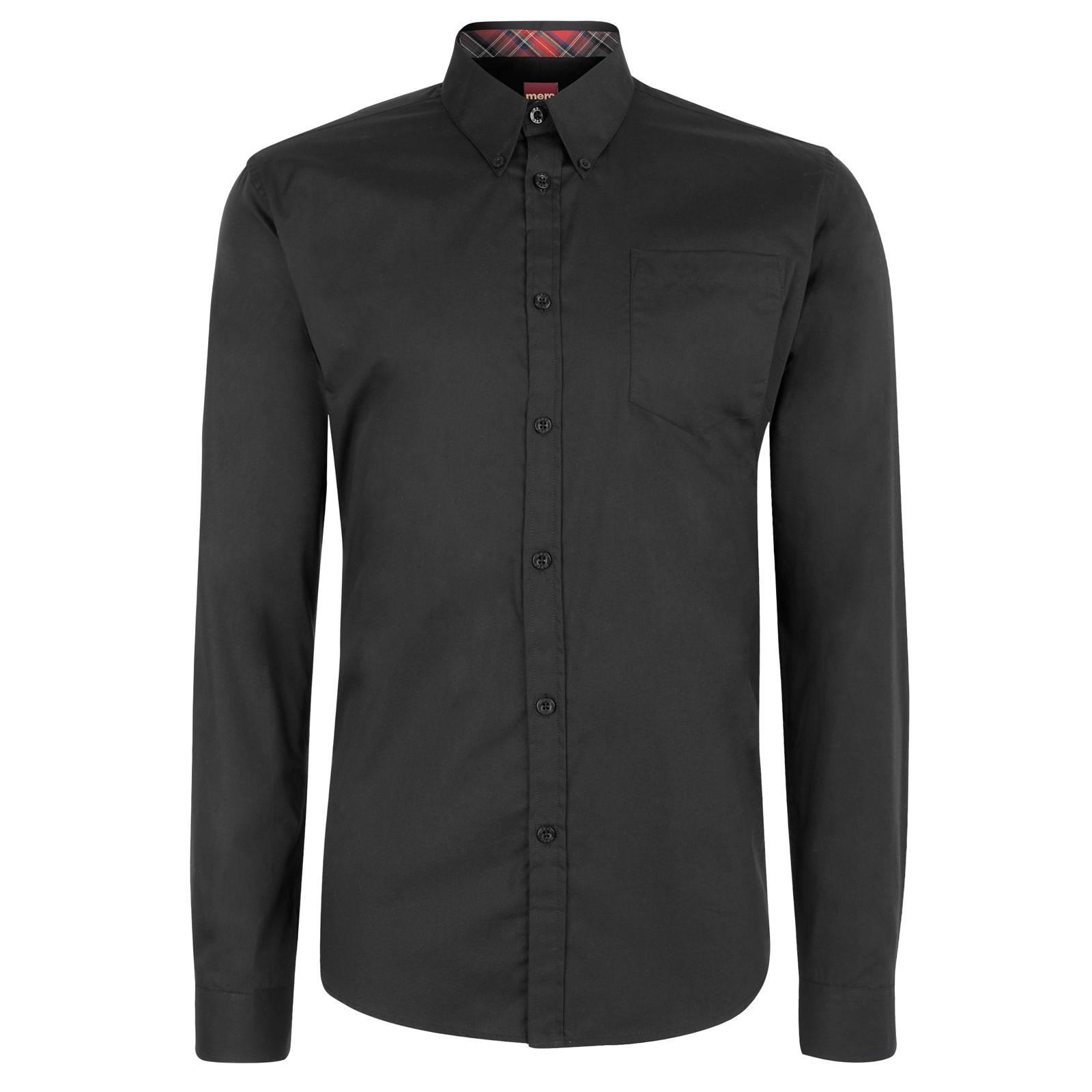 Рубашка AlbinCORE<br>Классическая однотонная рубашка приталенного фасона из легкого хлопкового материала. Традиционный воротник типа button-down пристегнут к основанию рубашки на пуговицы, что позволяет красиво сочетать ее с V-образным вырезом трикотажных изделий или пиджаком, не повязывая галстук. &amp;lt;br /&amp;gt;<br>&amp;lt;br /&amp;gt;<br>Манжеты изнутри украшены традиционным для британского стиля клетчатым узором &amp;amp;quot;тартан&amp;amp;quot;, превращающим эту рубашку из строгой в неформальную, если закатать рукава за кружечкой стаута в пабе после рабочего дня. Аналогичной тканью декорирована и внутренняя часть воротника - заметная искушенному глазу приятная контрастная деталь при расстегнутой верхней пуговице.&amp;lt;br /&amp;gt;<br>&amp;lt;br /&amp;gt;<br>Можно заправлять в брюки или носить на выпуск, чему способствует фигурный низ сорочки.<br><br>Артикул: 1506301<br>Материал: 100% хлопок<br>Цвет: черный<br>Пол: Мужской