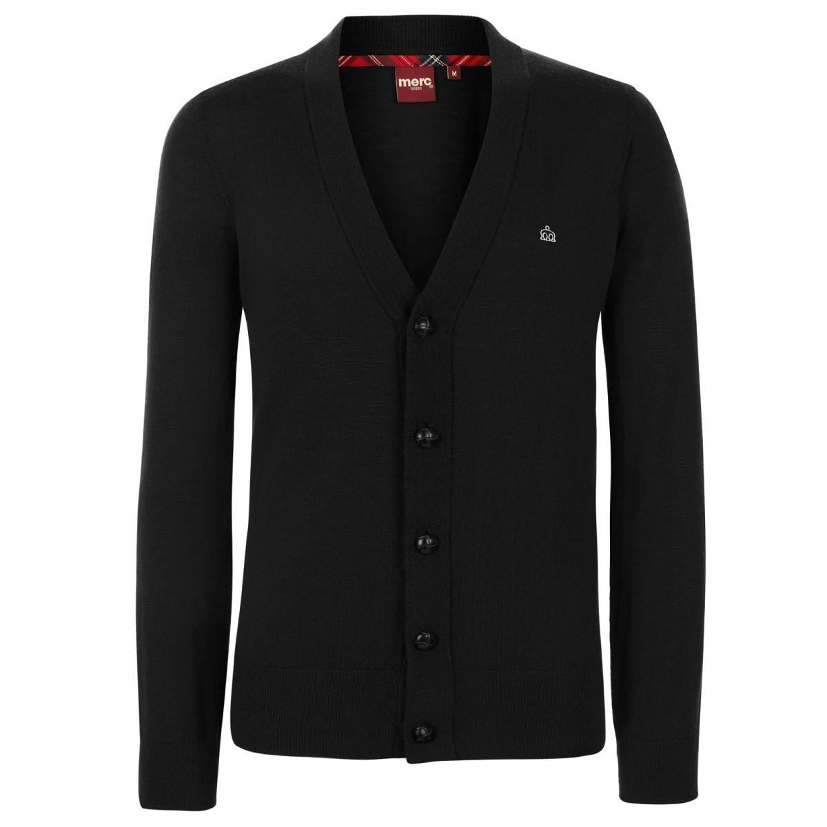 Кардиган HarrisCORE<br>Классический, на кожаных пуговицах, истинно английский кардиган из мягкой, но прочной высококачественной шерстяной пряжи - незаменимая вещь в гардеробе для создания красивых комплектов с рубашками или поло. &amp;lt;br /&amp;gt;<br>&amp;lt;br /&amp;gt;<br>Манжеты, воротник и низ изделия выполнены трикотажной резинкой, обеспечивающей посадку по фигуре.&amp;lt;br /&amp;gt;<br>&amp;lt;br /&amp;gt;<br>Благородная простота этого кардигана привлекает строгой и законченной формой, являясь каноническим образцом исконного стиля Merc.&amp;lt;br /&amp;gt;<br>&amp;lt;br /&amp;gt;<br>Принадлежит к базовой всесезонной линии CORE.<br><br>Артикул: 1606202<br>Материал: 100% шерсть<br>Цвет: черный<br>Пол: Мужской