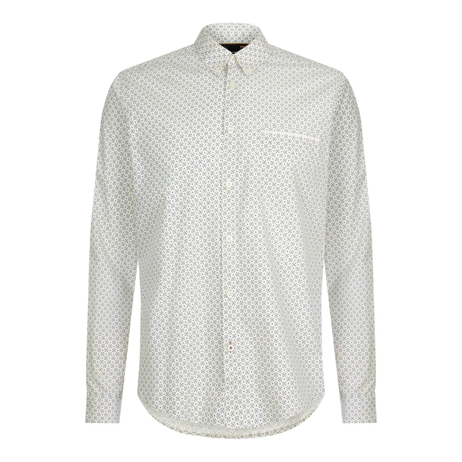 Рубашка LouthСлайдер на главной<br>Мужская рубашка покроя slim-fit, пошитая из мягкой и приятной на ощупь хлопчатобумажной ткани поплин. Эффектный геометрический узор напоминает  стилизованный таргет, связывая эту модель с британской ретро модой 60-х.  Аккуратный button-down воротник идеально встраивается в V-образный вырез свитеров и кардиганов. Также данную рубашку можно красиво комбинировать с преппи блейзерами, Tonics Suit и макинтошем. Брендирована фирменным логотипом Корона, вышитым на фигурной планке правого рукава. Удлиненная спинка позволяет с комфортом заправлять рубашку в брюки: выбрав в качестве низа брючную модель Sta-Prest в комбинации с остроносой обувью Челси можно создать фантастический образ, вдохновленной эпохой Свингующего Лондона, мод-культурой и золотой эрой британского рока.<br><br>Артикул: 1516206<br>Материал: 100% хлопок<br>Цвет: винтажный белый<br>Пол: Мужской