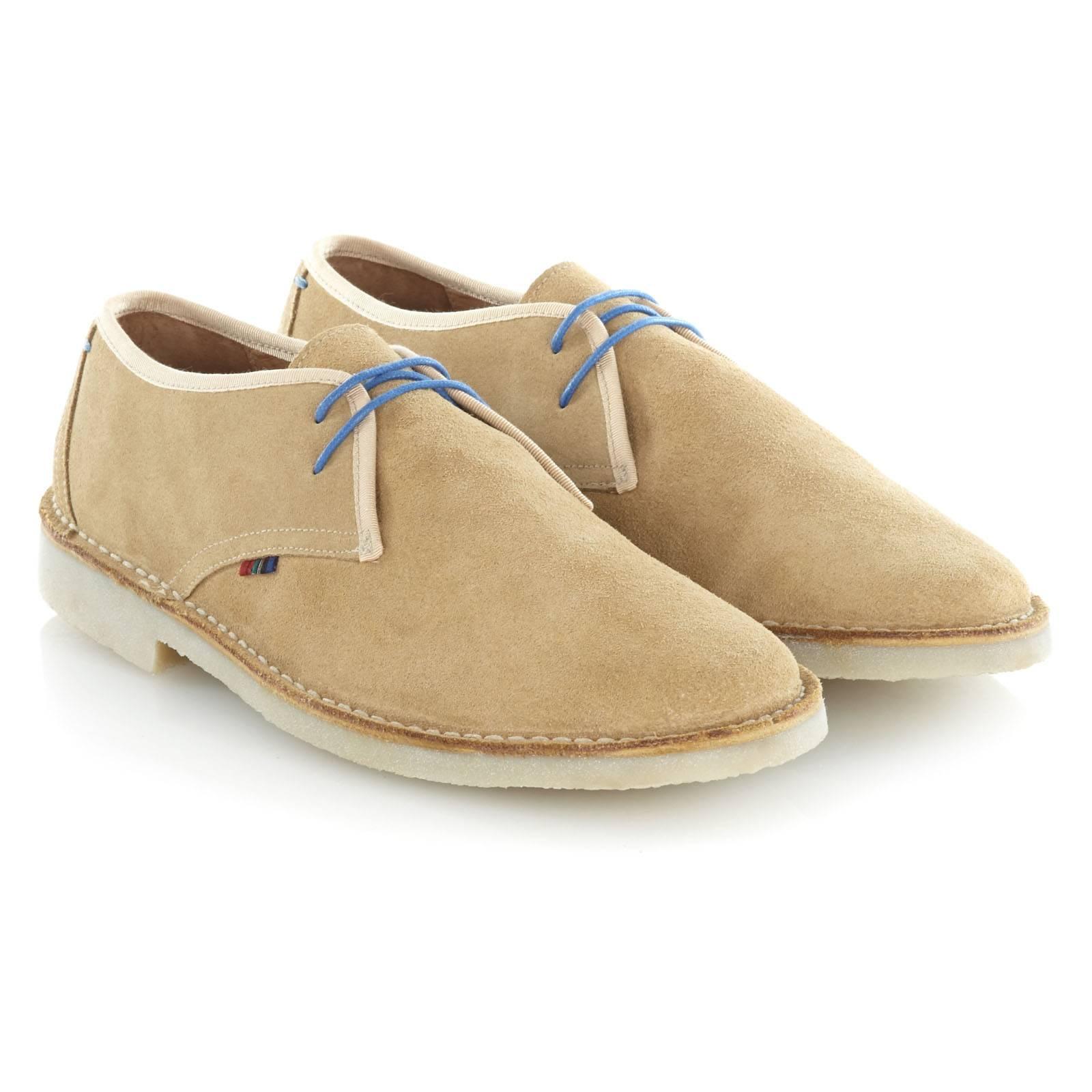Ботинки TooleyОбувь<br>Укороченный вариант легендарной модели Desert Boots: легкие и удобные полуботинки из высококачественной замши. Благодаря гибкой резиновой подошве практически не чувствуются на ноге. Отличная обувь на позднюю весну и летний сезон. Хорошо сочетаются с чиносами и шортами.<br><br>Артикул: 913212<br>Материал: 100% кожа (замша)<br>Цвет: песочный<br>Пол: Мужской